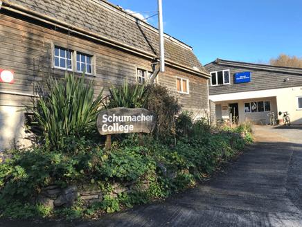 英国シューマッハー・カレッジにおける教育 ~持続可能な暮らし方を学ぶ~